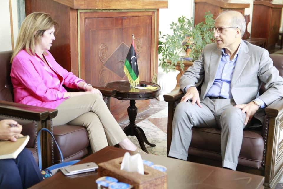 المحافظ يلتقي نائبة رئيس بعثة الأمم المتحدة للدعم في ليبيا