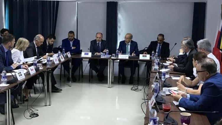 المحافظ يلتقي رئيس بعثة الاتحاد الأوروبي وسفراء دول الاتحاد لدى ليبيا