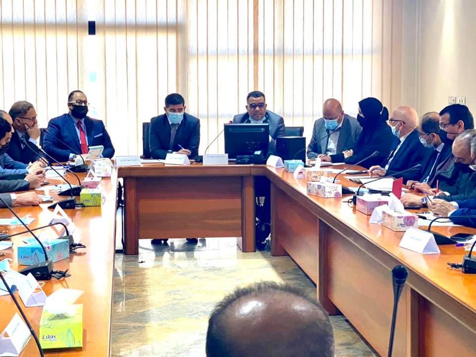 إجتماع مصرف ليبيا المركزي مع المصارف التجارية حول منحة الزوجة والأبناء